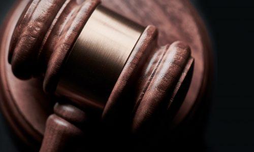 İşçiye gönderilecek işe devamsızlık ihtarnamesi örneği, işe devamsızlık nedeniyle iş akdinin feshedilmesi mümkündür. Adana iş avukatı olarak örnek ihtarname makalemiz içeriğinde mevcuttur.