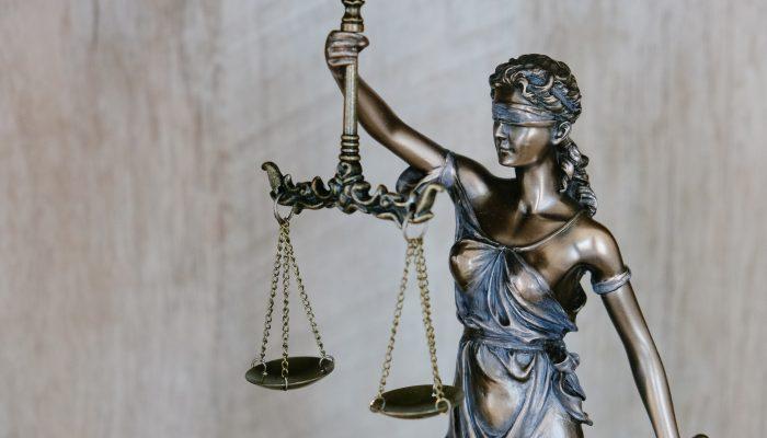 İhale komisyonu kararında başvuru yolu ve dava açma süresinin belirtilmemesi, emsal danıştay kararı, dava açma süresi, adana idari dava avukatı, iptal dava
